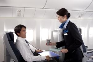 飛行機で救護人が出た!!そんな時の飛行機会社の対応は!?