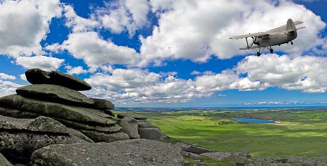 rock-outcrop-1599212_640