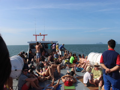 【時刻表あり】クラビからピピ島へ安く移動する具体的な方法とその金額