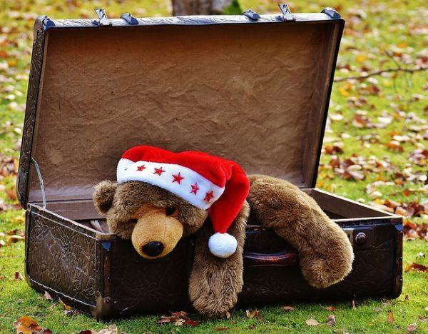 【パッキング技術】飛行機で受託荷物料金を取られないためのバックパッカーが荷物を減らすためのワザ
