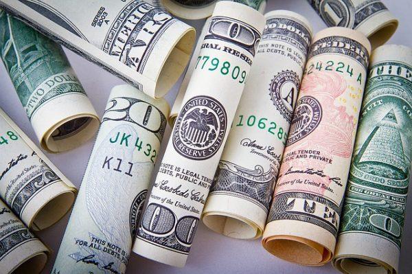【返済利率が激減】クレジットカードの海外キャッシングの繰上げ返済のやり方