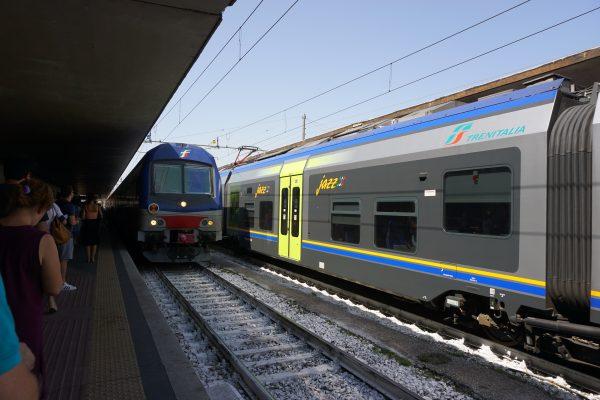 フィレンツェからピサまでの列車移動