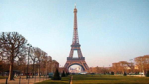 パリの公共交通機関の値段とどのチケットがお得なのか徹底的に解説します。